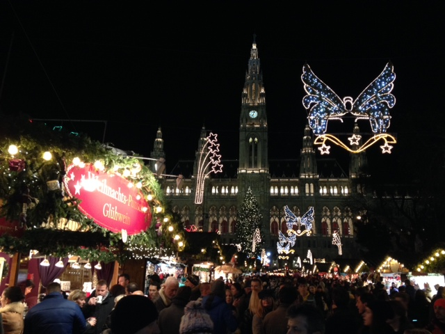 Rathauspaltz Weihnachtsmarkt