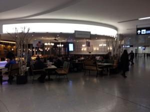 3 Sitzplätze Flughafen Wien D 1