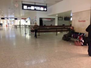 3 Sitzplätze Flughafen Wien D 2